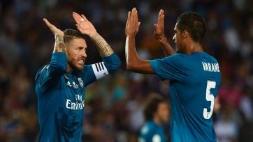 Стали известны имена защитников, которые претендуют на места в символической сборной по версии FIFA FIFPro