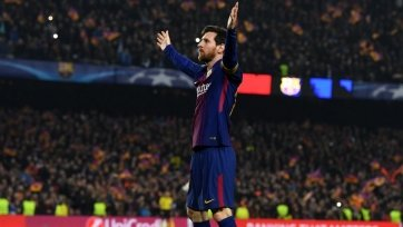 Месси надеется, что «Барселона» закроет вопрос с трансфером хавбека «МЮ»