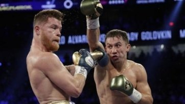 Известные специалисты и боксеры сделали свои ставки на предстоящий бой