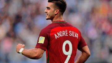 «Севилья» желает выкупить Андре Силву