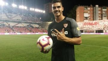 Агент не хочет, чтобы Андре Силва возвращался в «Милан»