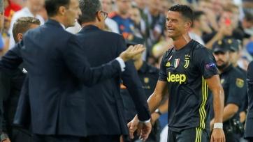Роналду получил красную карточку в первом матче ЛЧ за «Ювентус» и со слезами на глазах покинул поле