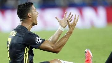 УЕФА изучит эпизод с удалением Роналду