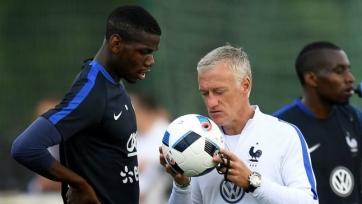 Наставник сборной Франции поддержал Поля Погба