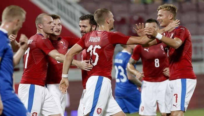 Прогноз на матч Словакия – Чехия: крутое политическое дерби в Трнаве