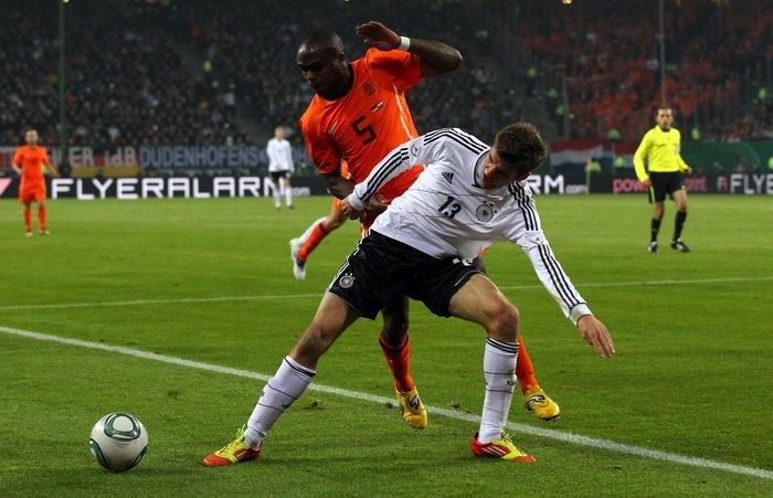 Прогноз на матч Нидерланды – Германия: центральная встреча игрового дня