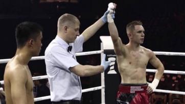 Казахстанский боксер одержал победу в андеркарте боя Всемирной боксерской суперсерии