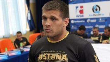 Деревянченко провел последние спарринги перед боем за отобранный у Головкина титул