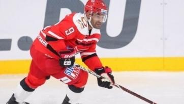 Нападающий сборной Казахстана набрал 400 очков в КХЛ