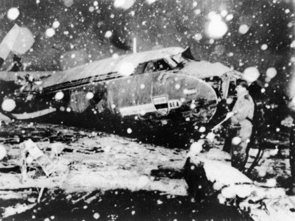 5 жутких авиакатастроф, шокировавших футбольный мир