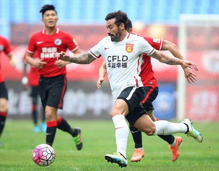 10 звезд футбола, обеспечивающих шоу в чемпионате Китая