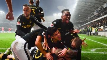 АИК стал чемпионом Швеции. Фанаты команды отожгли по полной