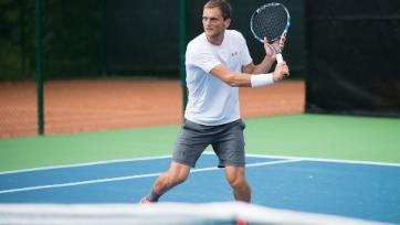 Недовесов стартовал с победы на турнире в Индии