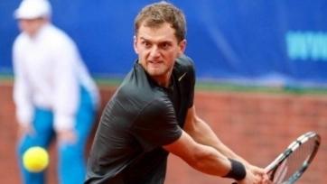 Недовесов пробился в четвертьфинал турнира в Индии