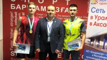 Казахстанец выиграл золото международного турнира по бадминтону