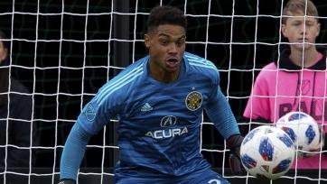 «Манчестер Сити» договорился о трансфере голкипера «Коламбуса»