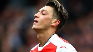«Арсенал» готов продать Озила уже зимой