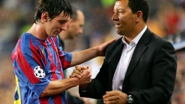 Бывший тренер «Барселоны» и «Челси» возглавил «Аль-Вахду»