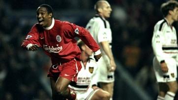 Оуэн, Инс и еще три футболиста, игравших за «Манчестер Юнайтед» и «Ливерпуль»