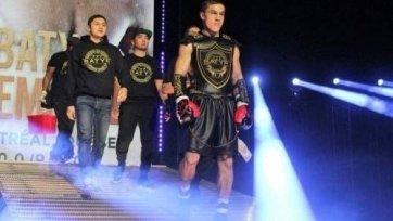 Канадский чемпион IBF отказался от боя с казахстанским нокаутером
