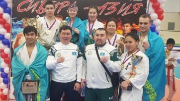 Каратисты из Казахстана завоевали три «золота» на турнире в России