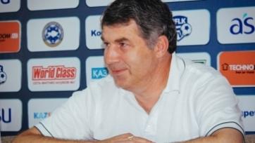 Кумыков официально продлил контракт с «Атырау»