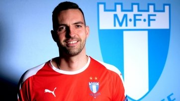 «Мальме» пригласил чешского вратаря и бывшего тренера «Лестера»