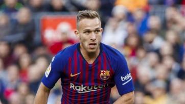 Артур: «Молюсь и делаю все для того, чтобы Неймар вернулся в «Барселону»