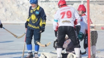 Хоккей с мячом. «Акжайык» разгромил «Знамя-Удмуртию»