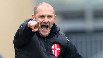 Бывший клуб Дель Пьеро и Эль-Шаарави уволил тренера менее чем через два месяца после назначения