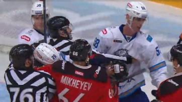 Хоккеисты «Барыса» и «Авангарда» устроили потасовку