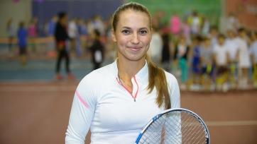 Путинцева вышла во второй круг престижного турнира в Сиднее