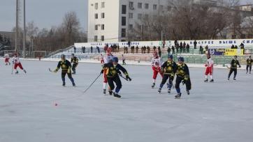 Хоккей с мячом. «Акжайык» крупно проиграл «Локомотиву»