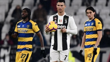 Роналду возглавил бомбардирскую гонку Серии А