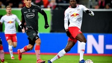 Лондонский «Арсенал» следит за защитником «Лейпцига»