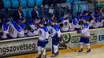 Сборная Казахстана победно стартовала на хоккейном Кубке Наследия