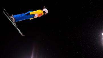 Алдабергенова и Калмурзаева вошли в топ-10 на ЧМ по фристайлу и сноуборду