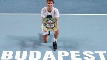 Бублик выиграл турнир в Будапеште