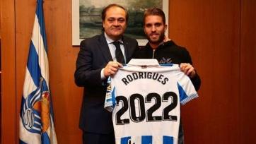 «Реал Сосьедад» продлил контракты с двумя защитниками