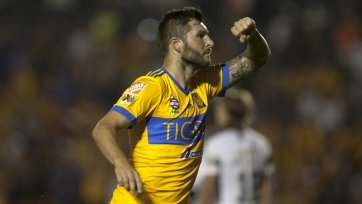 Бывший игрок сборной Франции забил шикарный гол пяткой в Мексике. Видео