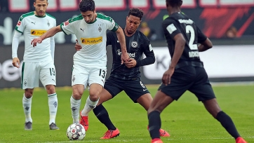 «Айнтрахт» не удержал победу в домашнем матче с гладбахской «Боруссией»