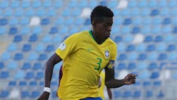 «Барселона» согласовала контракт с 19-летним бразильцем