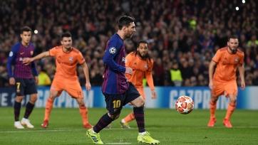 Месси вышел на второе место по количеству матчей в Лиге чемпионов за «Барселону»