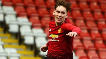 «Манчестер Юнайтед» подписал новый контракт с молодым хавбеком