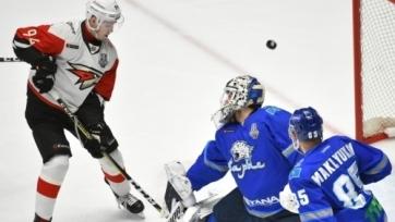 «Авангард» разгромил «Барыс» в матче плей-офф КХЛ