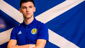 Основной защитник сборной Шотландии не сыграет и в воскресенье