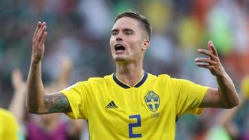 Защитник сборной Швеции получил травму в матче с Румынией