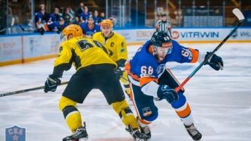 «Сарыарка» переиграла «СКА-Неву» в первом матче полуфинальной серии ВХЛ