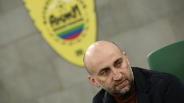 Адиев подал в отставку с поста главного тренера «Анжи»