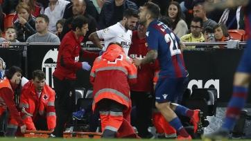 Защитник «Валенсии» травмировался и не сыграет с «Вильярреалом»
